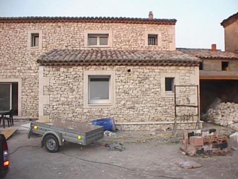 Construction maison en pierre de Gordes (84) - 02