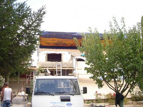 Surelevation toiture sous chapiteau - Saint Saturnin les  Avignon 84